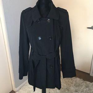 Calvin Klein trench style raincoat w/ tie size M